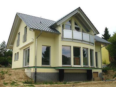großes Einfamilienhaus in lauf an der pegnitz Vor der Fensterreinigung machen wir ein Preisangebot